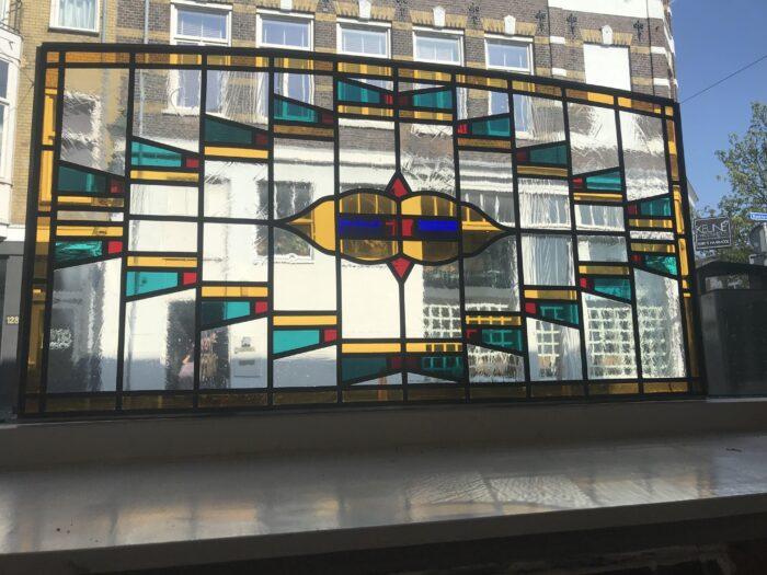 Art Deco glas in lood bovenlicht zeeheldenkwartier-min