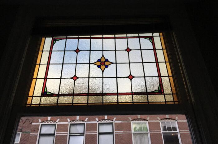 Art Nouveau glas in lood in dubbel glas Statenkwartier